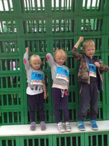 Tines børnebørn - Malica, Ella og Johannes